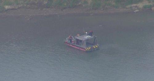 Edmonton rescue crews search for missing swimmer - Edmonton | Globalnews.ca