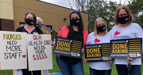 Nurses rally in Nova Scotia to demand government fix the broken health-care system - Halifax | Globalnews.ca