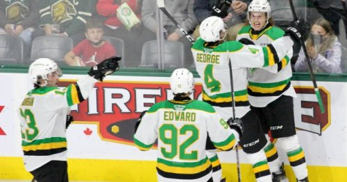 London Knights improve to 4-0 with decisive victory over Windsor Spitfires - London | Globalnews.ca