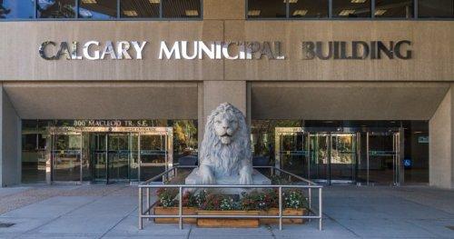 Calgary councillor pushing for emergency council meeting on COVID-19 data - Calgary   Globalnews.ca