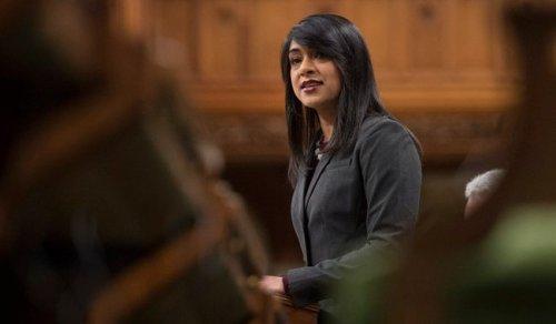 Waterloo MP Bardish Chagger loses post in Trudeau's cabinet shuffle | Globalnews.ca