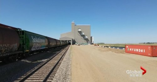 Saskatchewan commodity trader completes rail network   Globalnews.ca