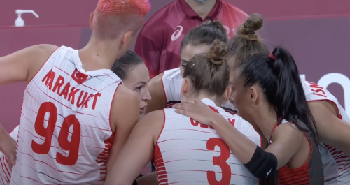 Religious cleric criticizes Turkey's women volleyball team for their appearance in Tokyo Olympics