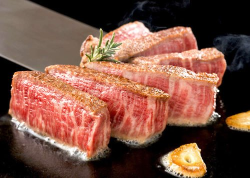 Wagyu vs. Kobe Beef: What's the Real Difference? Here's Your Guide to Japanese Steak!