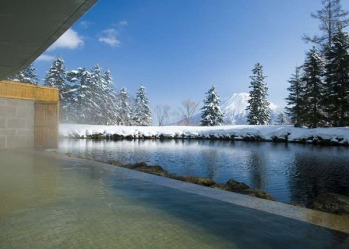 Niseko Onsen: 10 Best Hot Springs in Japan's Wild North With Jaw-Dropping Views