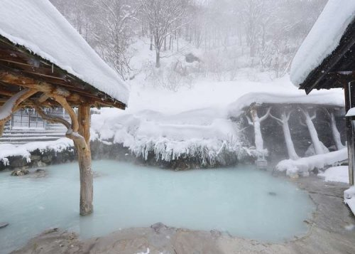 Nyuto Onsen: Famous Baths with Breathtaking Winter Sights in Akita's Renowned Hot Spring Village | LIVE JAPAN travel guide