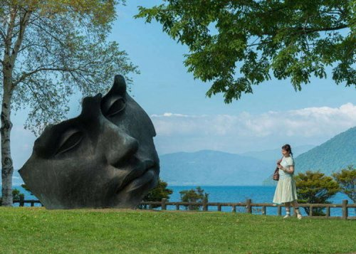 Top 5 Things to Do Around Lake Toya: Hokkaido's Land of Inspiring Views and Delectable Sweets!