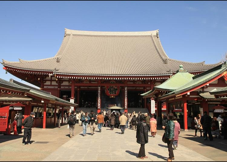 Awesome Things to Do In Japan: Most Popular Temples in Asakusa!