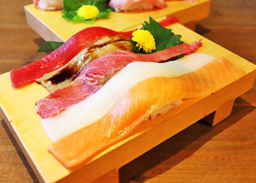 Sushi Sakaba Fujiyama: Offering Huge All-you-can-eat Akihabara Sushi for Under $30!