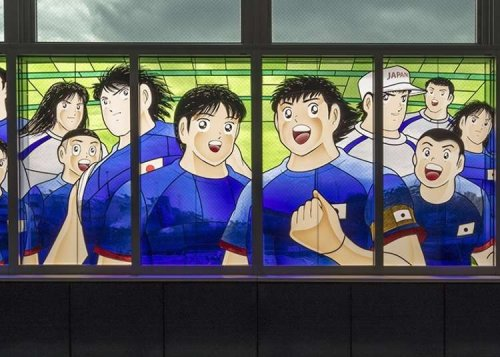 Captain Tsubasa in Saitama: The Soccer Legend Becomes a Giant Stained Glass Artwork!