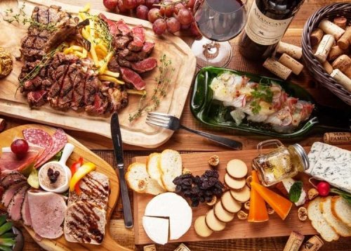'MEAT&WINE': Fantastic Eats at Crazy Cheap Prices in Tokyo's Shinjuku!
