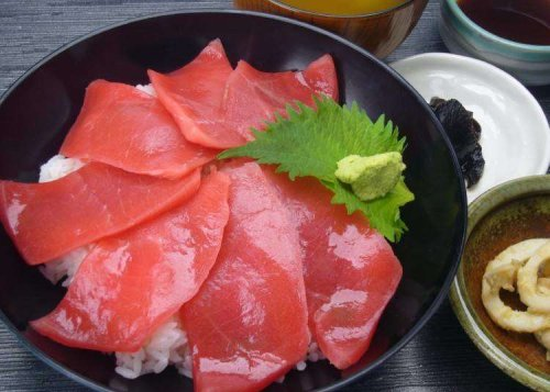 What to Do at Hakodate Airport (HKD/RJCH): Incredible Fresh Seafood and Authentic Japanese Souvenirs