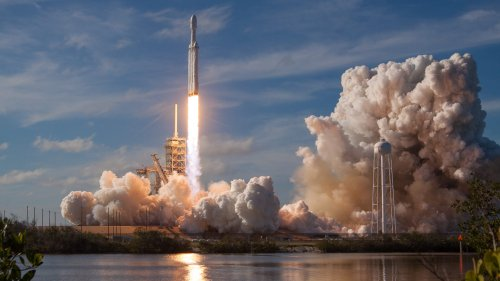 Elon Musk's SpaceX Beats Out Jeff Bezos' Blue Origin to Nab NASA Moon Contract