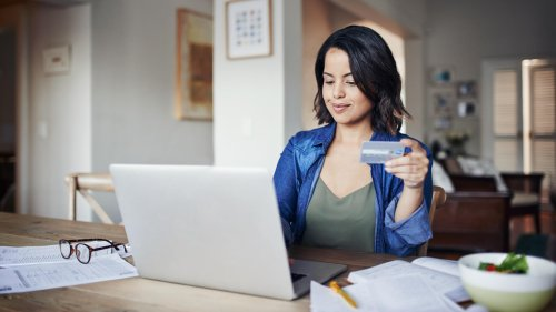 Can You Pay Off a Credit Card With Another Credit Card?