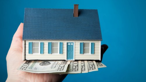 How to Put In a Successful Real Estate Bid In a Hot Housing Market