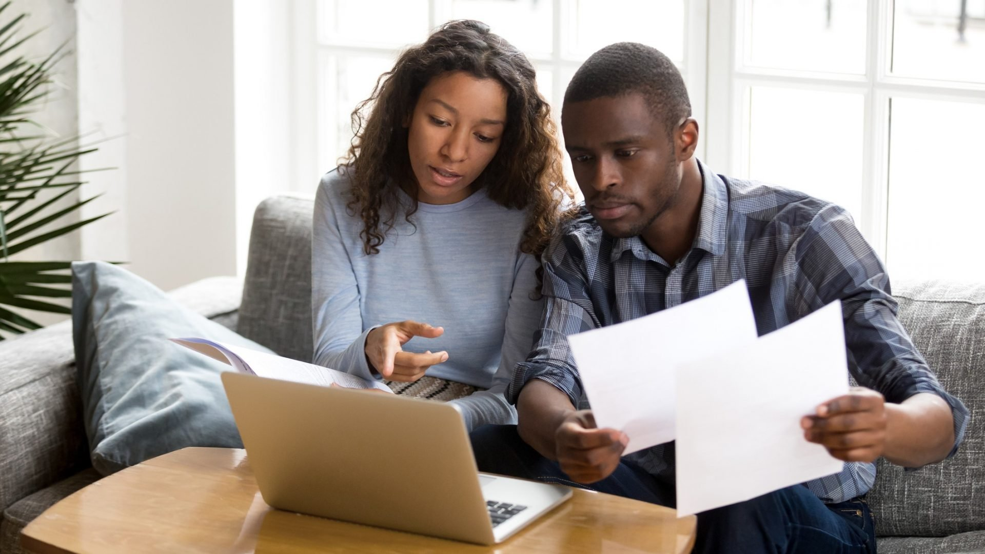 Over 20% of Women Take No Part in Couples' Retirement Planning, Study Shows
