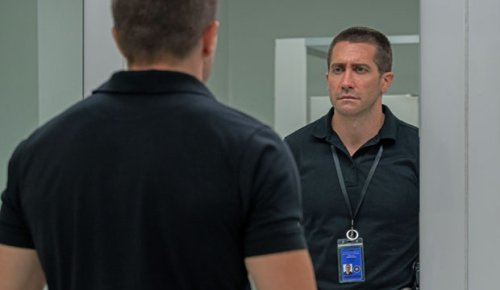 'The Guilty' reviews: Jake Gyllenhaal gives a 'beast of a performance' in Netflix thriller