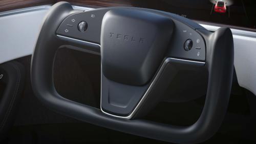 Teslas Nightrider-Lenkrad könnte ergonomischer Krampf sein