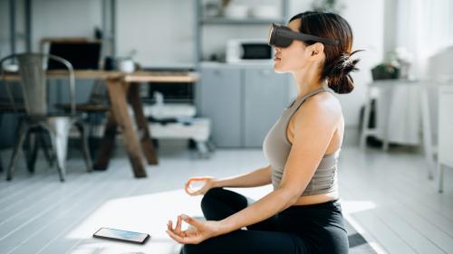 HTCs Vive Flow ist die entspannteste VR-Brille