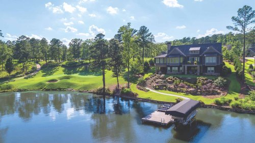 Moving to a golf community? Great! But the golf retirement of your dreams requires some serious forethought