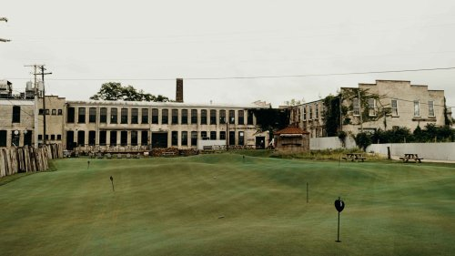 How one of America's coolest putting greens came to life in the most unlikely of places