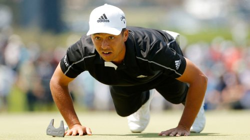 Here's why Xander Schauffele is doing push-ups on the greens at Torrey Pines