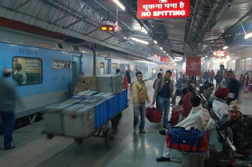 Delhi to Patna by Train – Book Best Trains To Patna