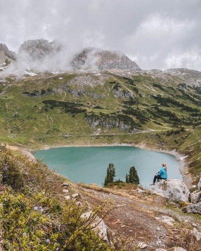 Lech am Arlberg: traumhaftes Bergpanorama trifft auf himmlische Gaumenfreuden in Vorarlberg