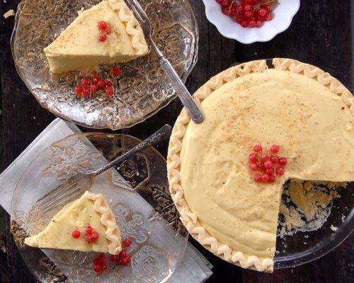 No-Bake Eggnog Vanilla Cream Pie