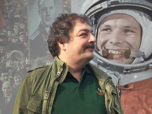 Операцію з отруєння російського письменника Бикова могли координувати із Сочі – Грозєв