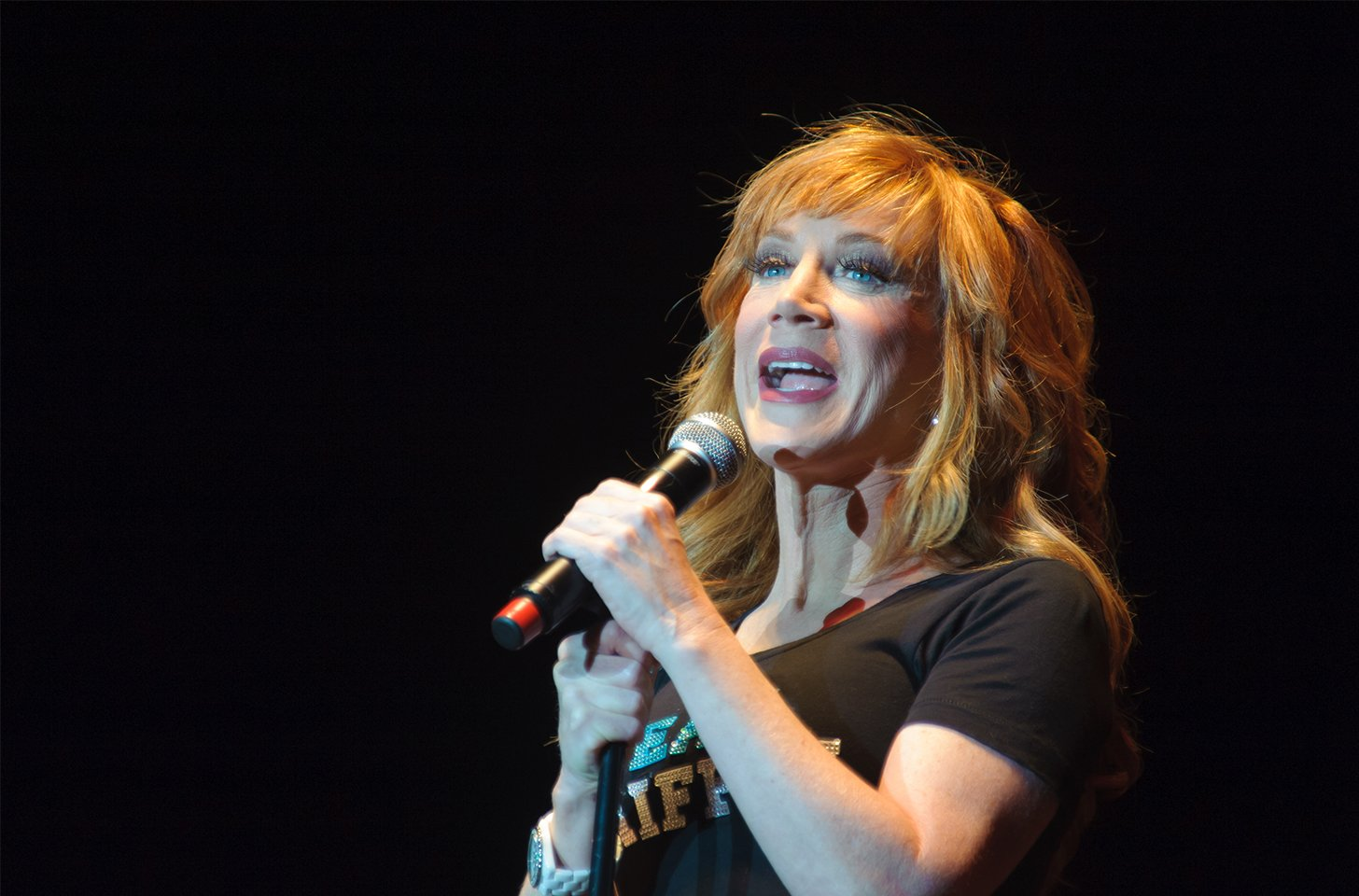 Kathy Griffin Undergoing Surgery For Lung Cancer