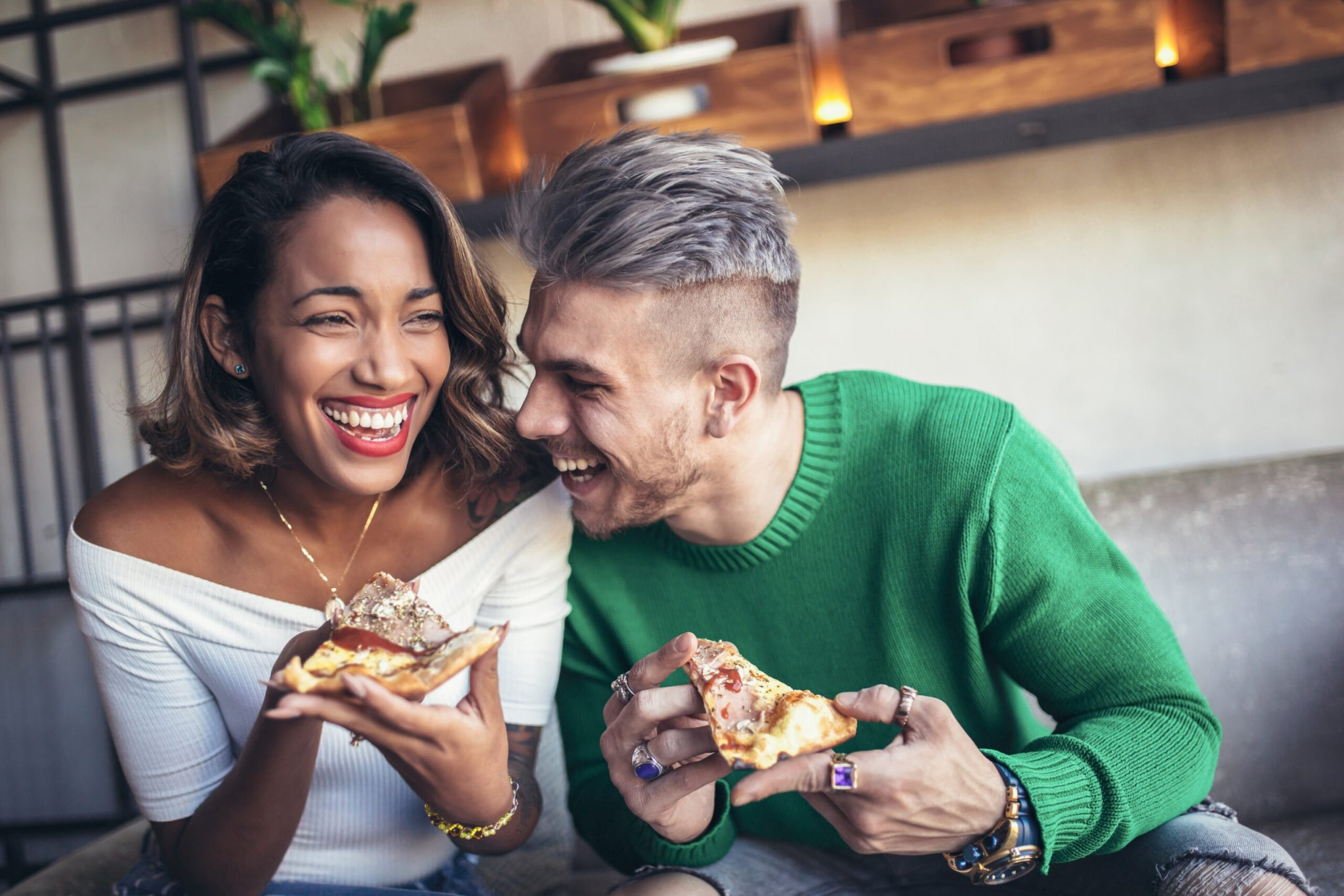 Break Out Of The Relationship Rut With These 7 Unique & Cheap Date Ideas