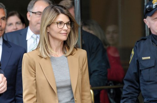 Lori Loughlin's Post-Prison Life, Divorcing Husband, Destroyed Financially?