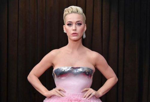 """American Idol"" Producers Put Katy Perry On ""Short Leash""?"