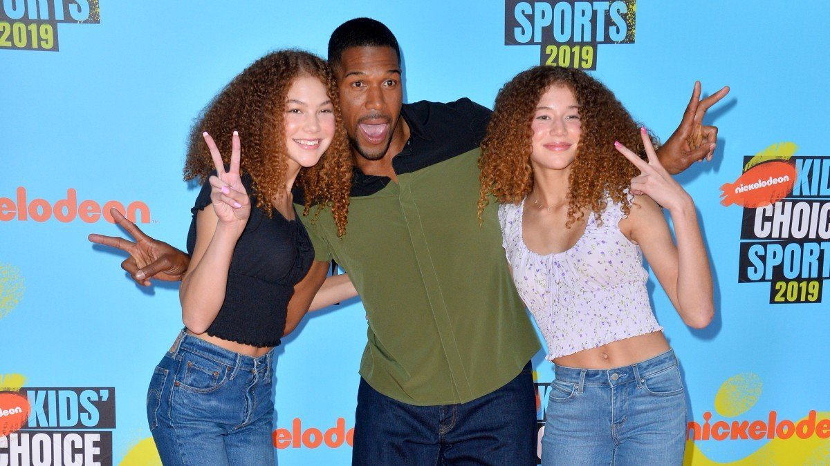 Michael Strahan Shares Rare Picture With Beautiful Daughter, She Looks So Grown Up!