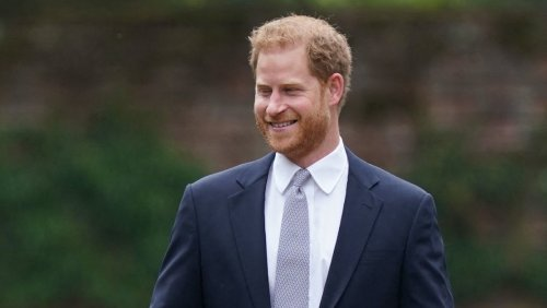 Royal Family 'Reeling' After Prince Harry's 'Explosive' $27M Biography 'Leaked'?