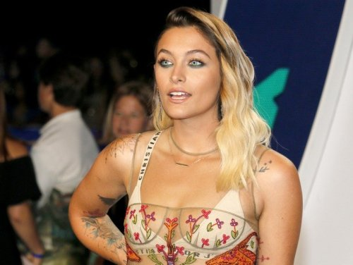 Paris Jackson Wants DNA Test To Prove Elizabeth Taylor Is Her Mother?