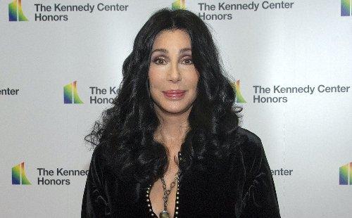 Cher At 'Death's Door' With Rare Illness? - Gossip Cop