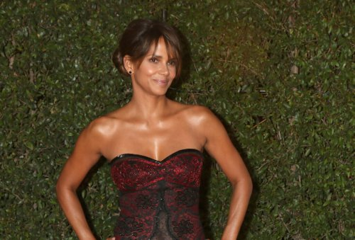 Halle Berry Finally Spills Her Secret To Youthful Skin, And It's Less Than $40!