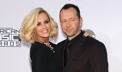 Jenny McCarthy And Donnie Wahlberg Have 'Baby Fever,' Planning IVF Treatments?