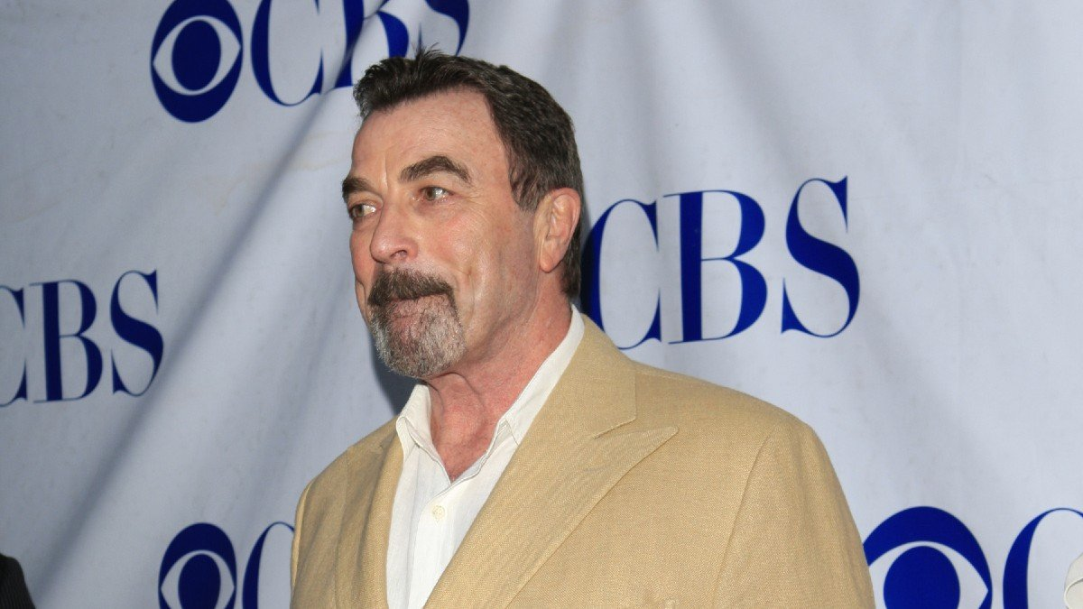'Tubby' Tom Selleck 'Smashing The Scales' At Almost 300 Pounds?