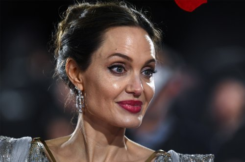 Angelina Jolie Broke And Begging For Work? - Gossip Cop