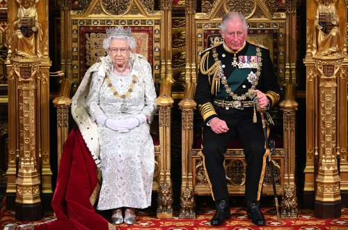 Report Claims Queen Elizabeth Is 'Unfit To Rule', Prince Charles Seizing Power