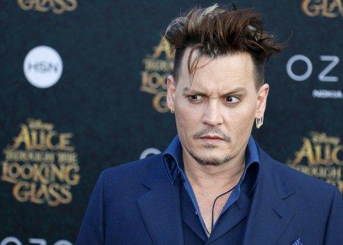 'Skin And Bones' Johnny Depp Looks Like He's On 'His Last Voyage'?