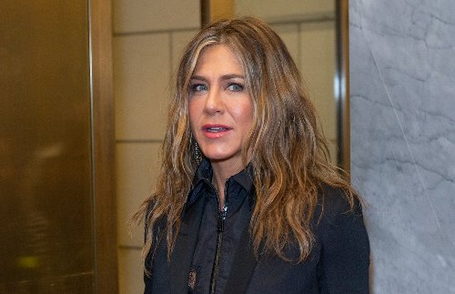 Reports Say Jennifer Aniston Is Lonely And Feuding With Co-Workers And Exes