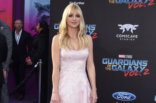 Anna Faris Planning Online Wedding Due To Ongoing Pandemic?