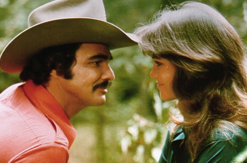 Sally Field And Loni Anderson Set To 'Square Off' At Burt Reynolds Memorial?