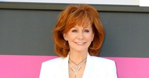 Reba McEntire Getting Called Out For Excess Plastic Surgery By Boyfriend Rex Linn?