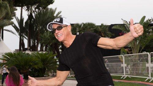 Jean-Claude van Damme zeigt: So hat man auch ab 50 noch Muskeln aus Stahl