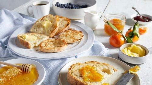 Sie wollen einen flachen Bauch? Dann sollten Sie diese 6 Fehler bei Ihrem Frühstück vermeiden